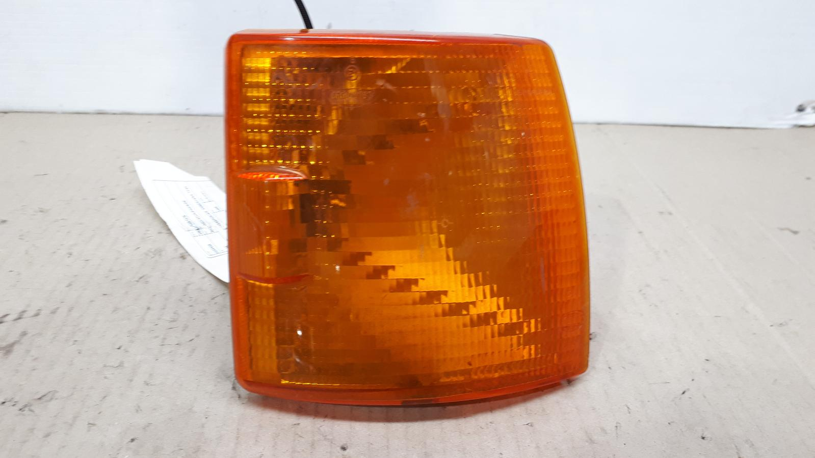View Auto part Right Indicator/Fog/Side Volkswagen Transporter 1996